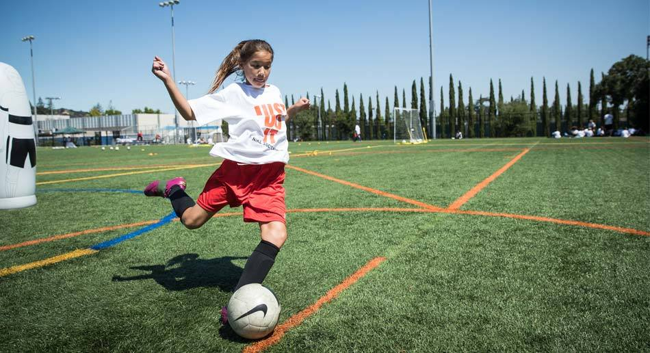 Nike Soccer Camps Elmhurst College - 3 Sessions Offered! 639bac584e