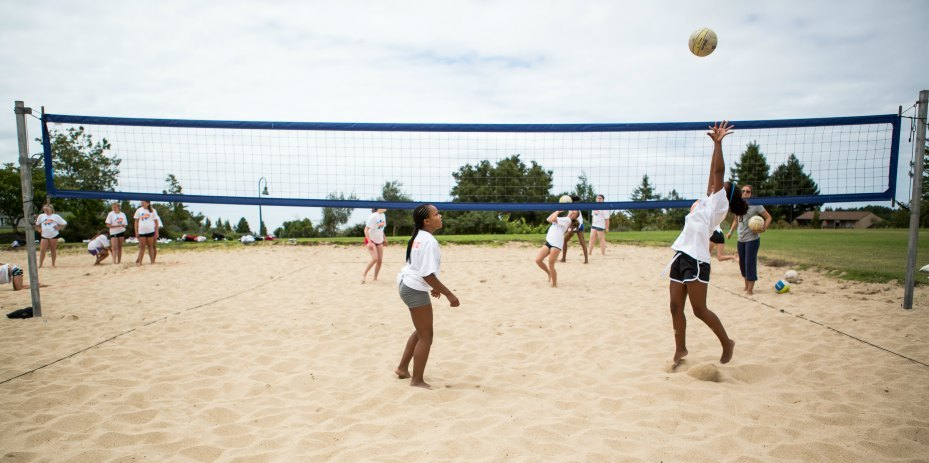 Nike Beach Volleyball Camps Setting